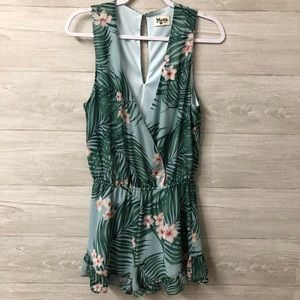Show Me Your MuMu Riri Romper Size Large